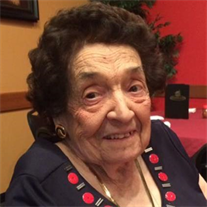 Annette St. Charles, 1918-2017